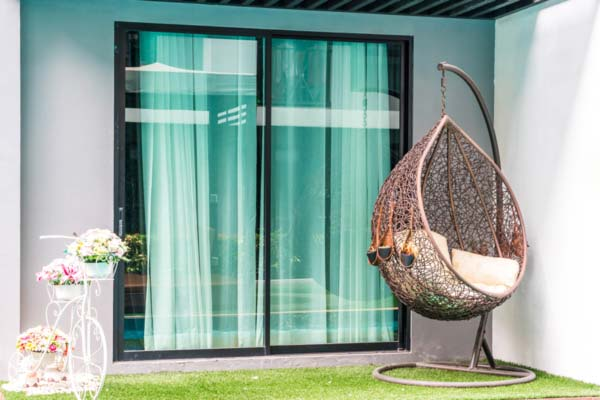 swinging chair balcony patio