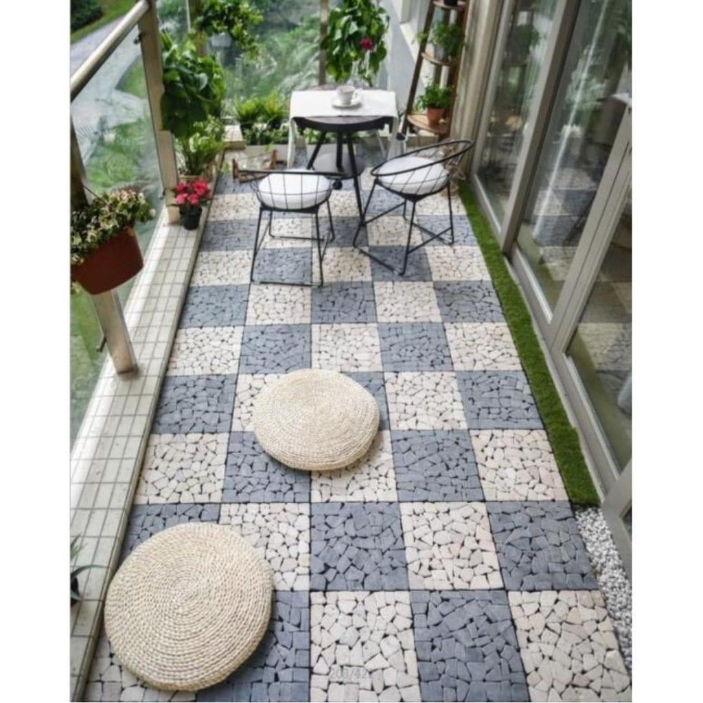 Balcony with floor tiles
