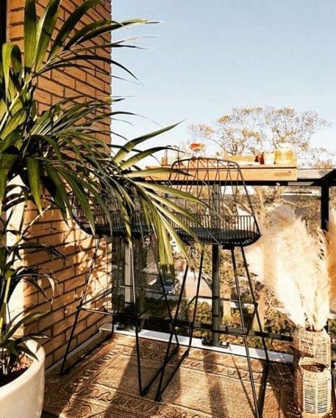 small balcony railing bar